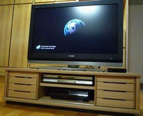 新しいテレビ台