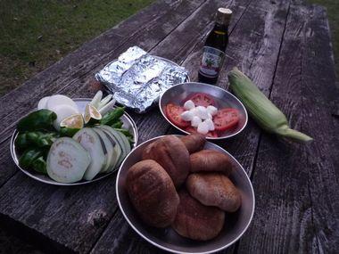 鯛生金山キャンプ夕食食材